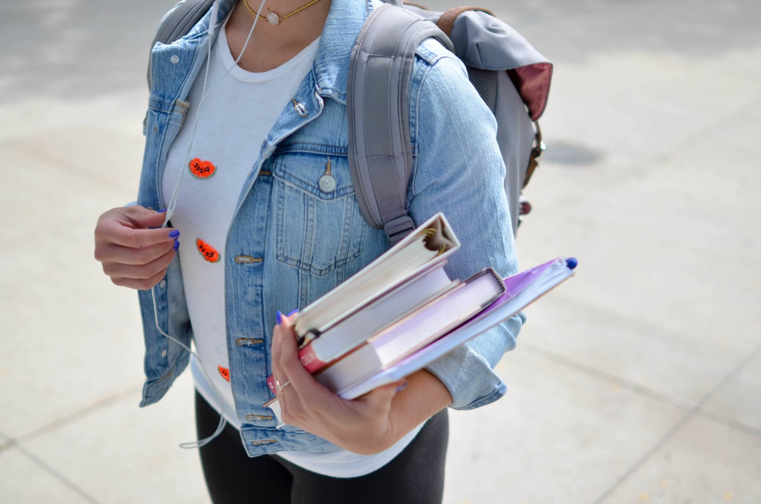 TRANSITIONS: How to Successfully Transition Your Students from High School to College 9